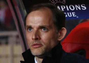 """""""โธมัส ทูเชล"""" เตือนนักวิจารณ์ Dortmund เพื่อจัดการกับผู้เล่นอย่างรอบคอบ"""