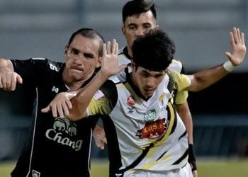 ไฮไลท์ฟุตบอล สุพรรณบุรี เอฟซี 3-1 ซุปเปอร์ พาวเวอร์