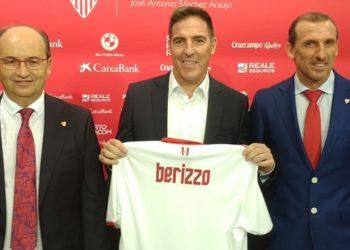 """กุนซือคนใหม่! เซบีย่าประกาศแต่งตั้ง """"เอดูอาร์โด้ เบริซโซ่"""" คุมทีมด้วยสัญญา 2 ปี"""