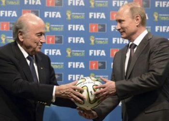 """ไม่สนโทษแบน """"แบลตเตอร์"""" ยืนยันโผล่บอลโลก 2018 หลังได้เทียบเชิญ """"ปูติน"""""""