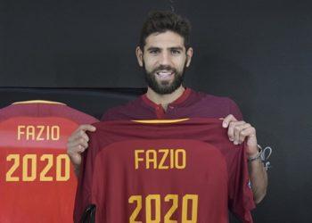 """แนวรับคนสำคัญ! โรมาจับ """"เฟเดริโก ฟาซิโอ"""" ขยายสัญญาถึงปี 2020 เรียบร้อย"""