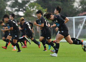 ฟุตบอลหญิงทีมชาติไทย ได้ตัวหลักคัมแบ็คซ้อม, โค้ชหนึ่ง ย้ำลูกทีมห้ามประมาท