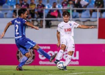 ชลบุรี เก่งเกมเดียวเปิดรังพ่าย บีจี 2-0