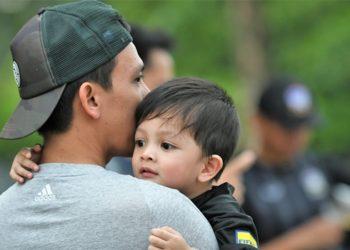 """สมาคมลูกหนังไทยให้เด็กสูงไม่เกิน 100 ซม. เข้าชมเกม """"คิงส์คัพ"""" ได้แบบฟรีๆ"""
